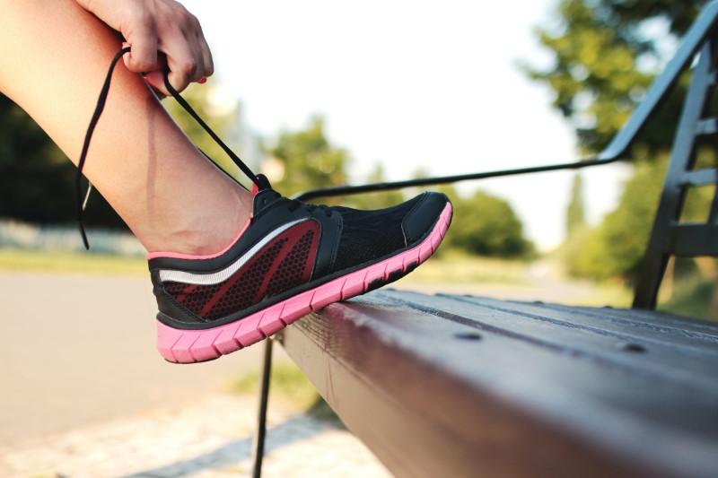 Ženska športna obutev